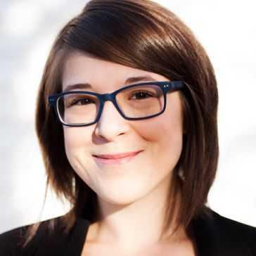 Cassandra Carrière
