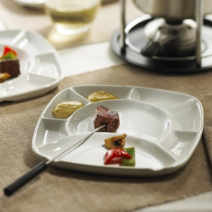 Trudeau SET OF 4 SQUARE FONDUE PLATES