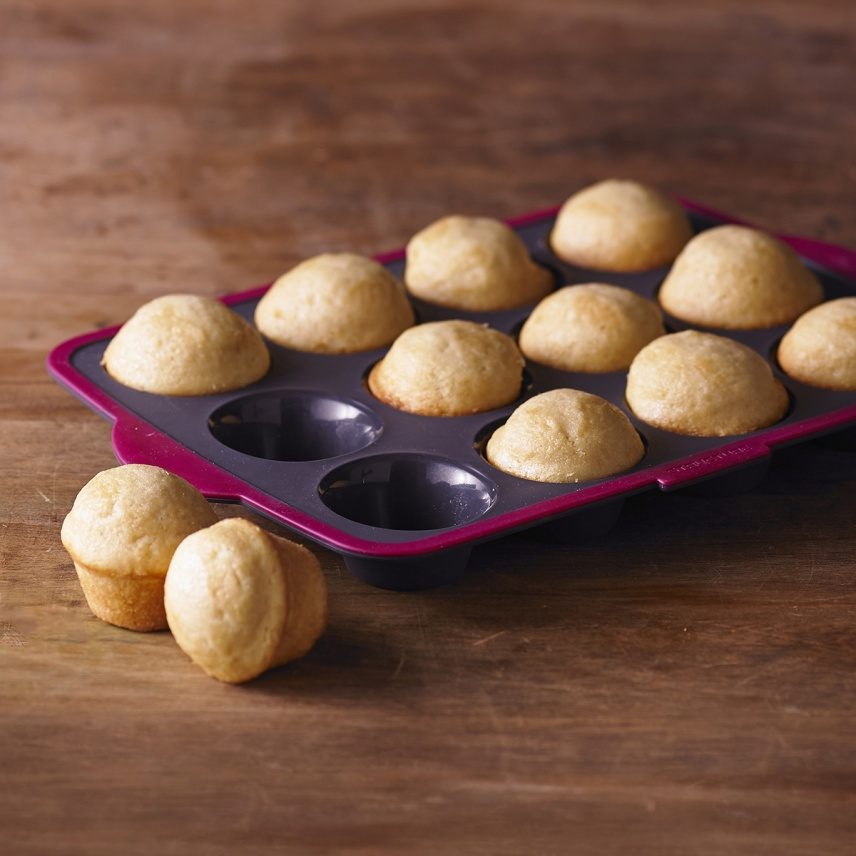 STRUCTURE SILICONE™ PRO 12 COUNT MUFFIN PAN