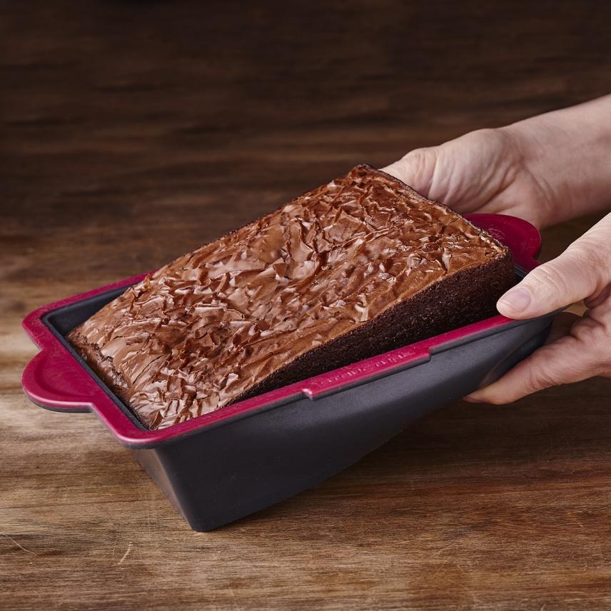 "STRUCTURE SILICONE™ PRO SQUARE CAKE PAN 8x8"""