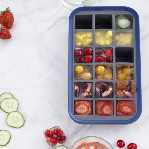 SILICONE ICE CUBE TRAY WITH INTEGRATED STEEL STRUCTURE