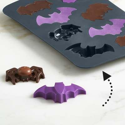 <BR>Polished cavities for shiny chocolates<BR>