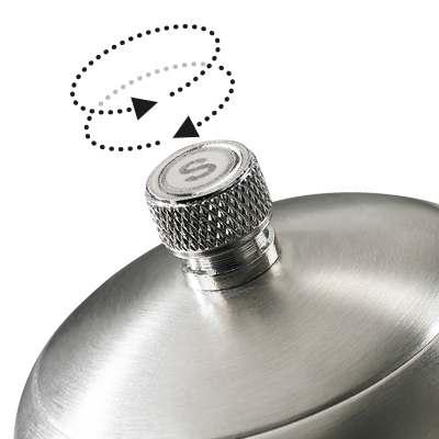 <BR>Adjustable knob - turn the knob clockwise for a finer grind, counter clockwise for coarser grind