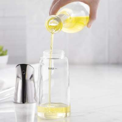 <BR>Step 1: Fill the bottle with oil<BR>