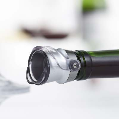 <BR>100% leak-proof, bottles can be stored horizontally