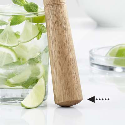 <BR>Its rounded shape allows you to extract the aromas of fruits and herbs
