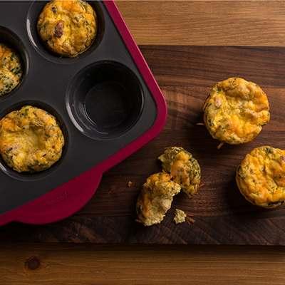 <BR>Peut être utilisé pour bien plus que la pâtisserie - essayez de faire des mini-quiches!<BR>