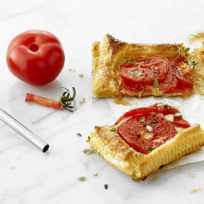 <BR>Improve the taste of your tomatoes by removing the bitter core<BR>