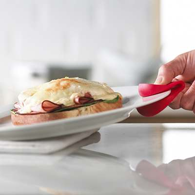<BR>Idéale pour la manipulation de plats chauds<BR>